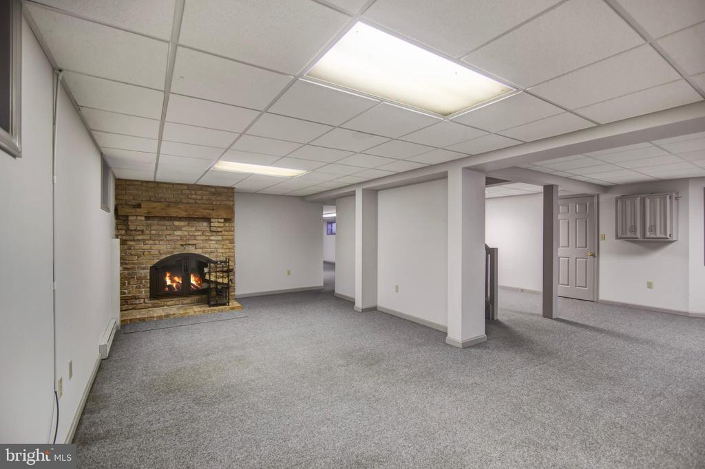 REC ROOM FIREPLACE - 4616 OLD NATIONAL PIKE, MIDDLETOWN