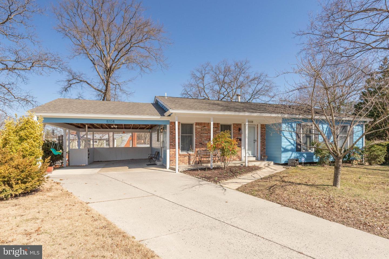 Single Family Homes por un Venta en 5108 CAVERLY Place Beltsville, Maryland 20705 Estados Unidos
