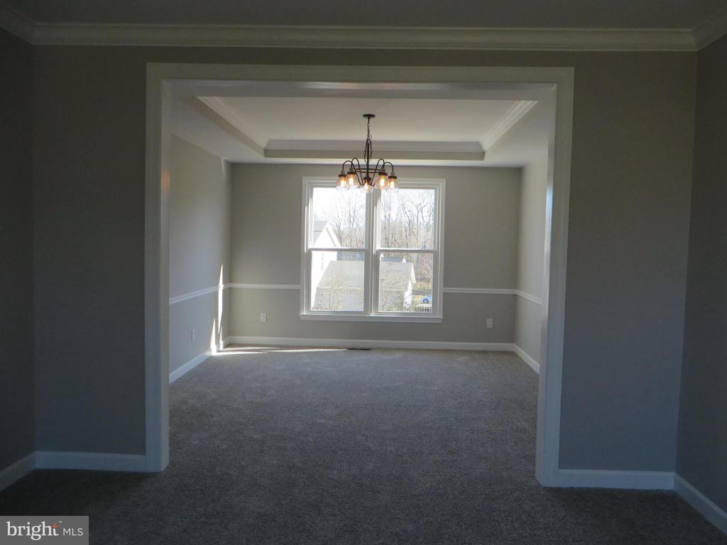 LARGE FORMAL DINING ROOM - 43 JASON LN, STAFFORD