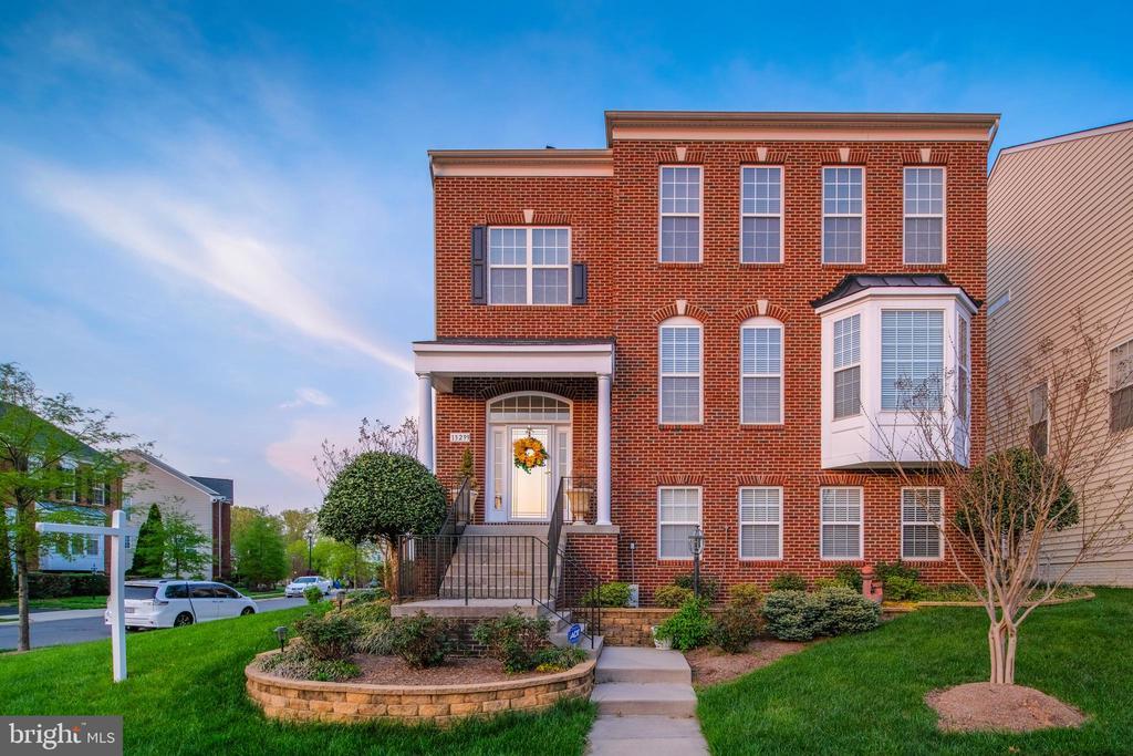 Front brick house - 13299 SCOTCH RUN CT, CENTREVILLE