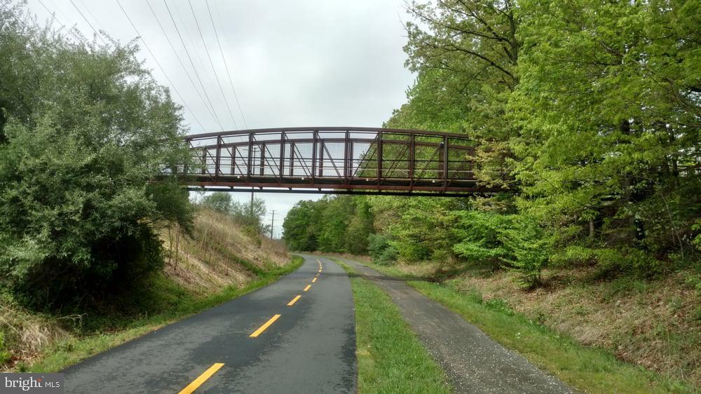 W&OD Trail - 1911 LOGAN MANOR DR, RESTON