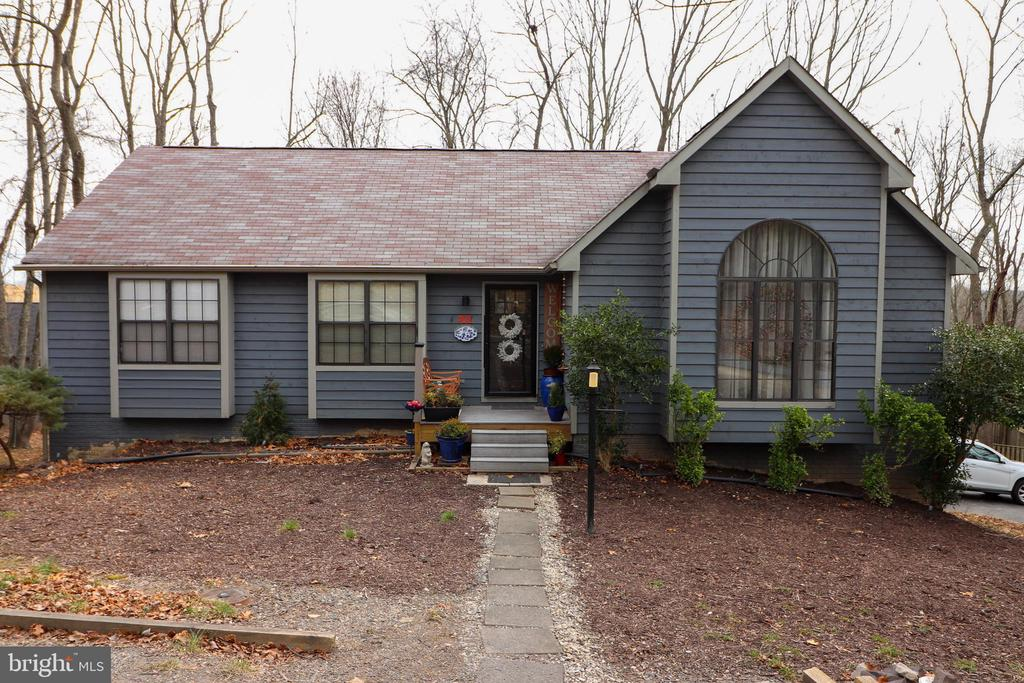 Front View of 7011 Fox Chase Road - 7011 FOX CHASE RD, NEW MARKET