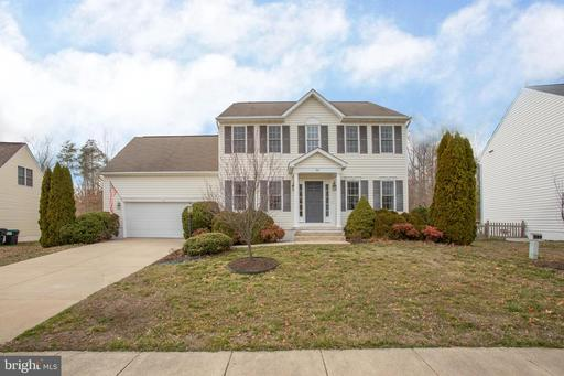90 COUNTRY MANOR DR