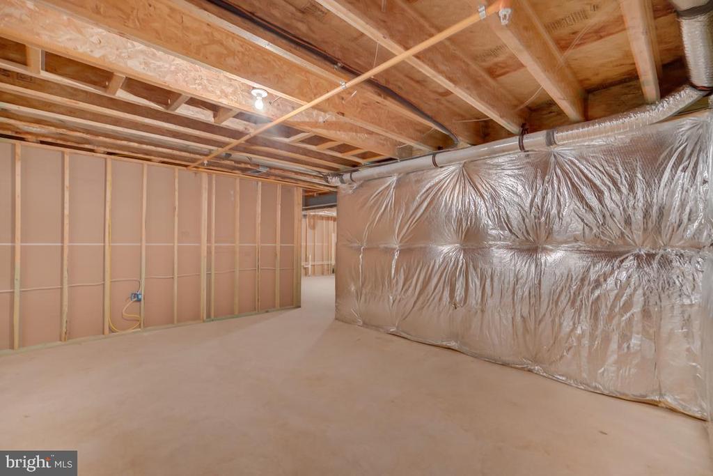 Unfinished storage - 75 DENISON ST, FREDERICKSBURG
