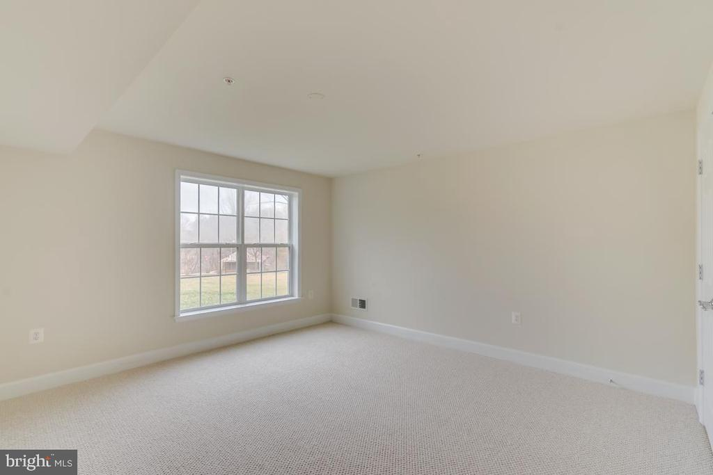 Another view of 3rd bedroom - 75 DENISON ST, FREDERICKSBURG