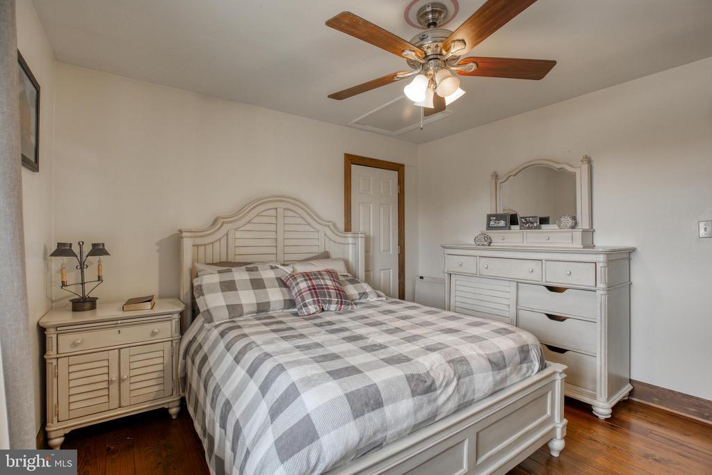 Bedroom 2 - 2327 GUN BARREL RD, WHITE POST