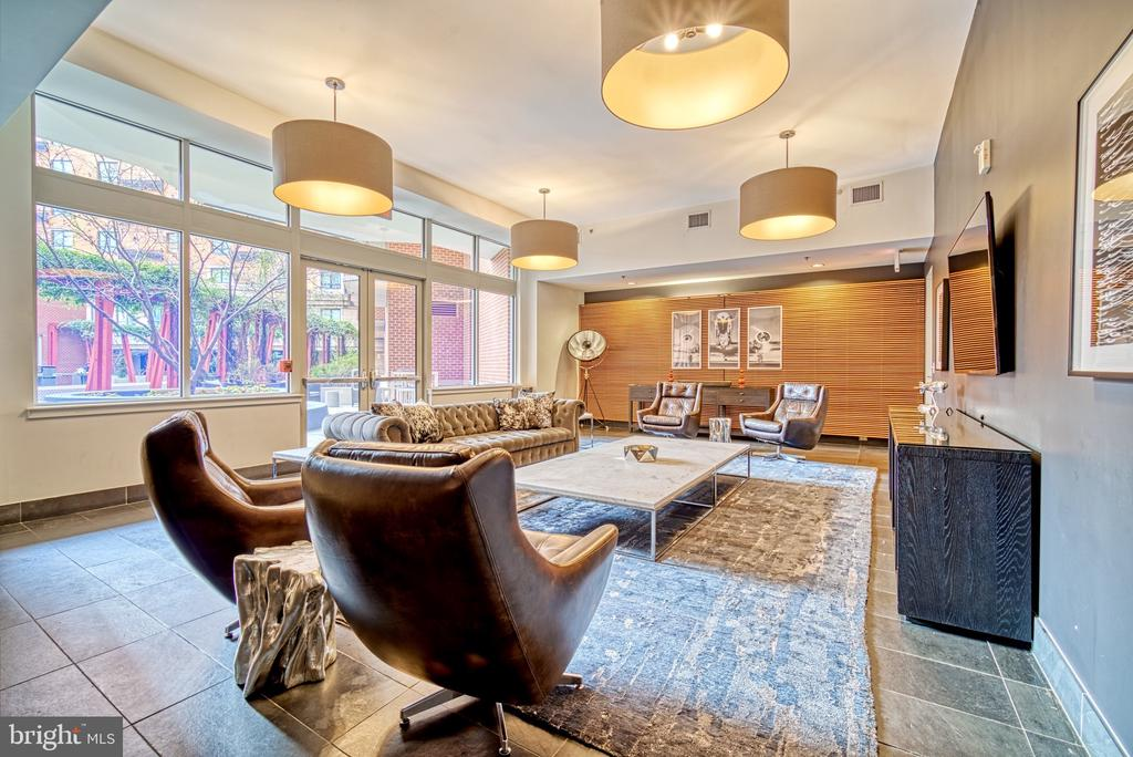 Business Room Party Room - 1000 NEW JERSEY AVE SE #606, WASHINGTON