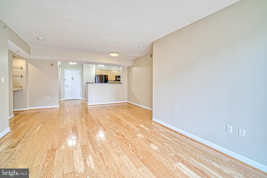 Great Room - 1000 NEW JERSEY AVE SE #606, WASHINGTON