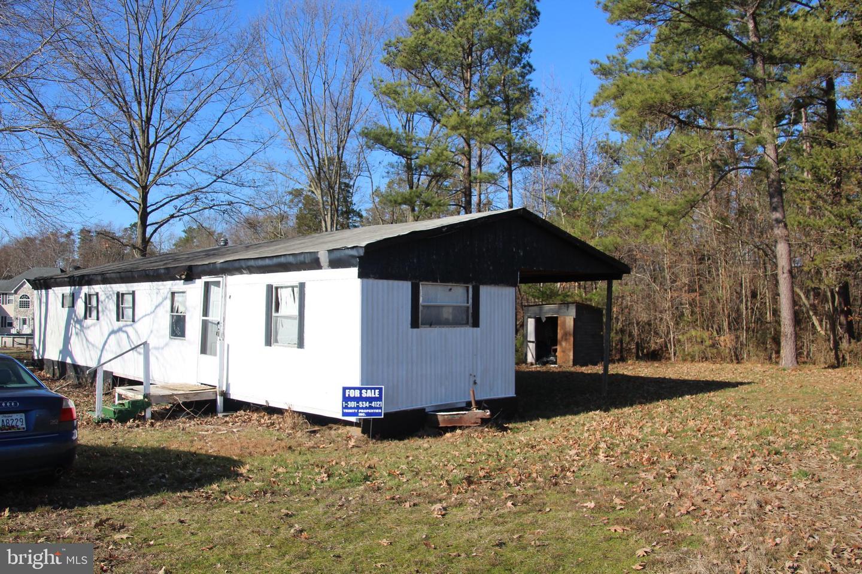 Single Family Homes pour l Vente à Clements, Maryland 20624 États-Unis