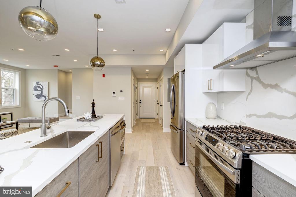 All stainless steel appliances with gas stove - 1821 I STREET NE #11, WASHINGTON