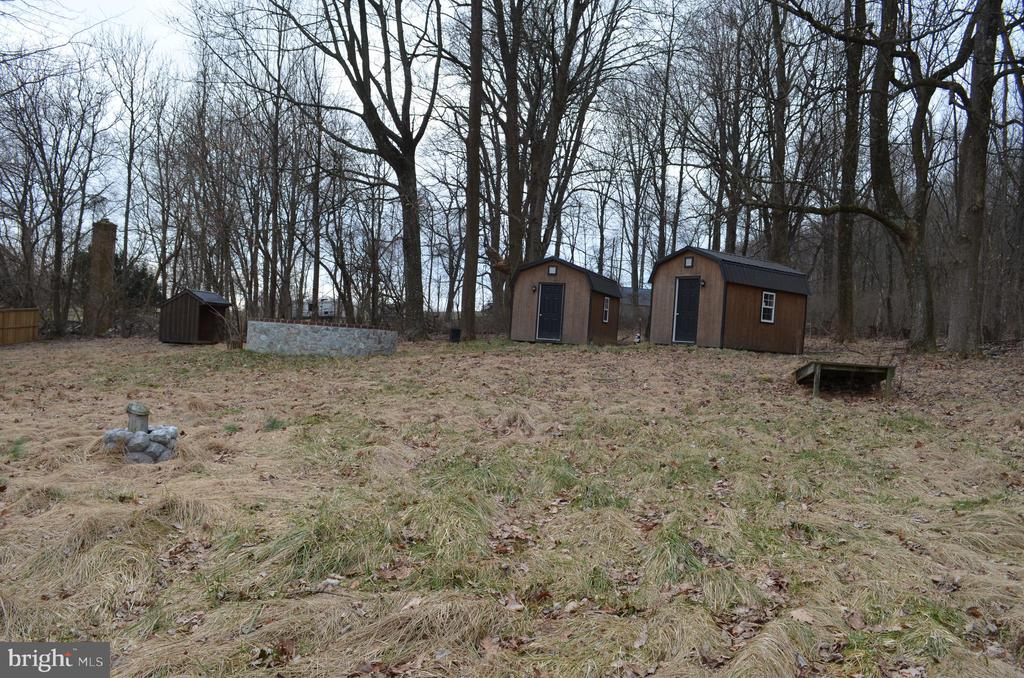 Two new cabins - 5420 BURKITTSVILLE RD, JEFFERSON