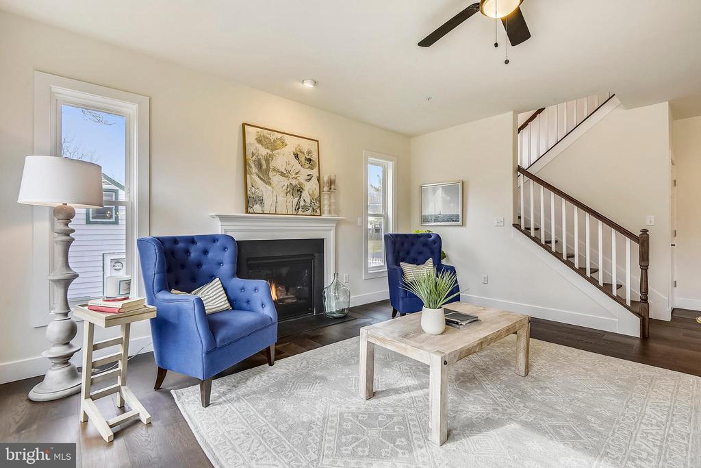 Access bedrooms from the living area. - 18609 STRAWBERRY KNOLL RD, GAITHERSBURG