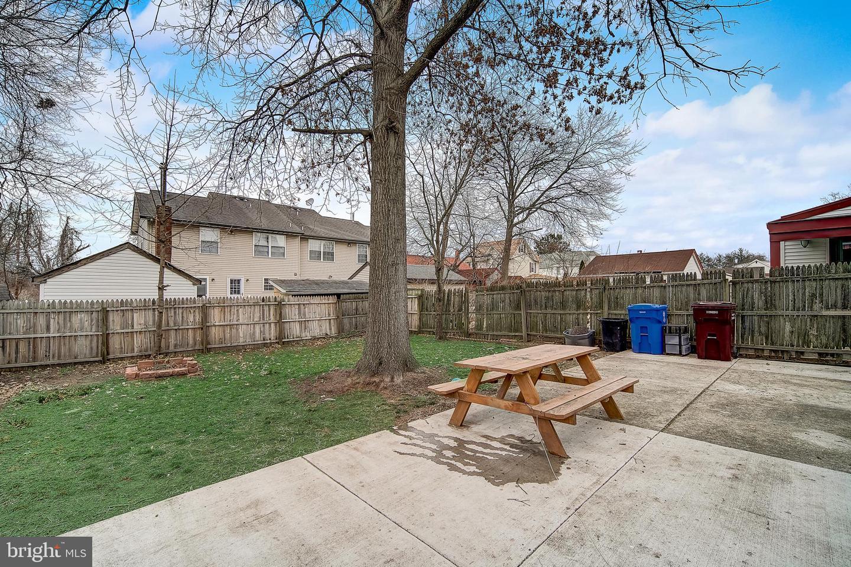 Additional photo for property listing at 127 JEFFERSON Street Riverside, 뉴저지 08075 미국