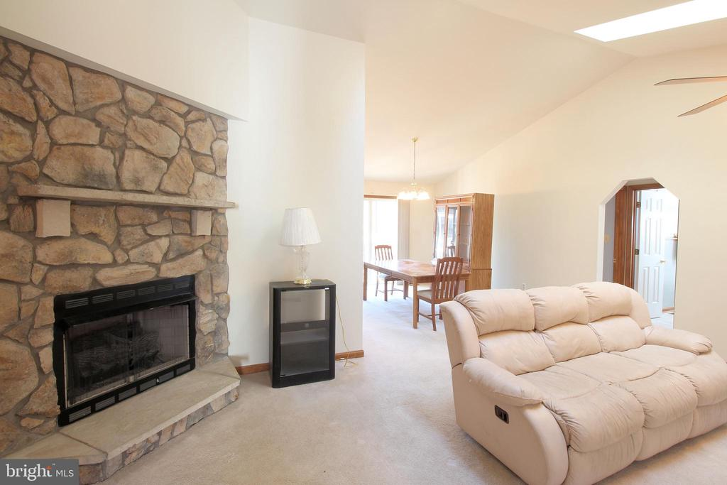 Great Room with Stone Fireplace - 117 GREEN ST, LOCUST GROVE
