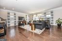Loads of natural light! - 6854 E SHAVANO RD, NEW MARKET