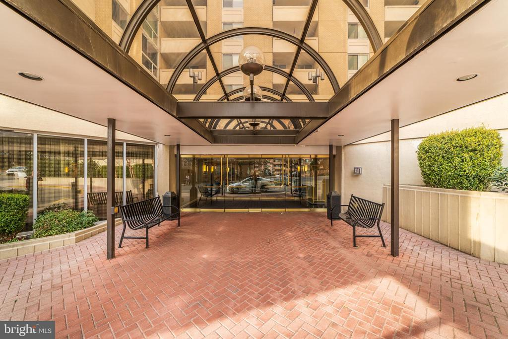 - 4601 N PARK AVE #1601-A, CHEVY CHASE