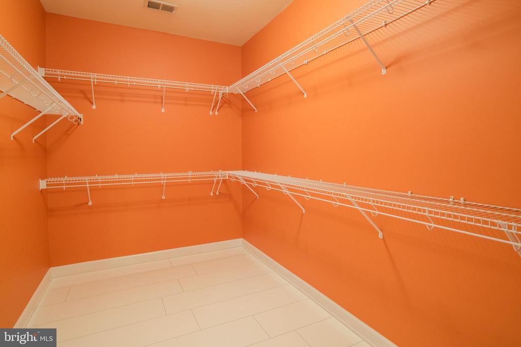Master bedroom  closet (hers) - 13299 SCOTCH RUN CT, CENTREVILLE