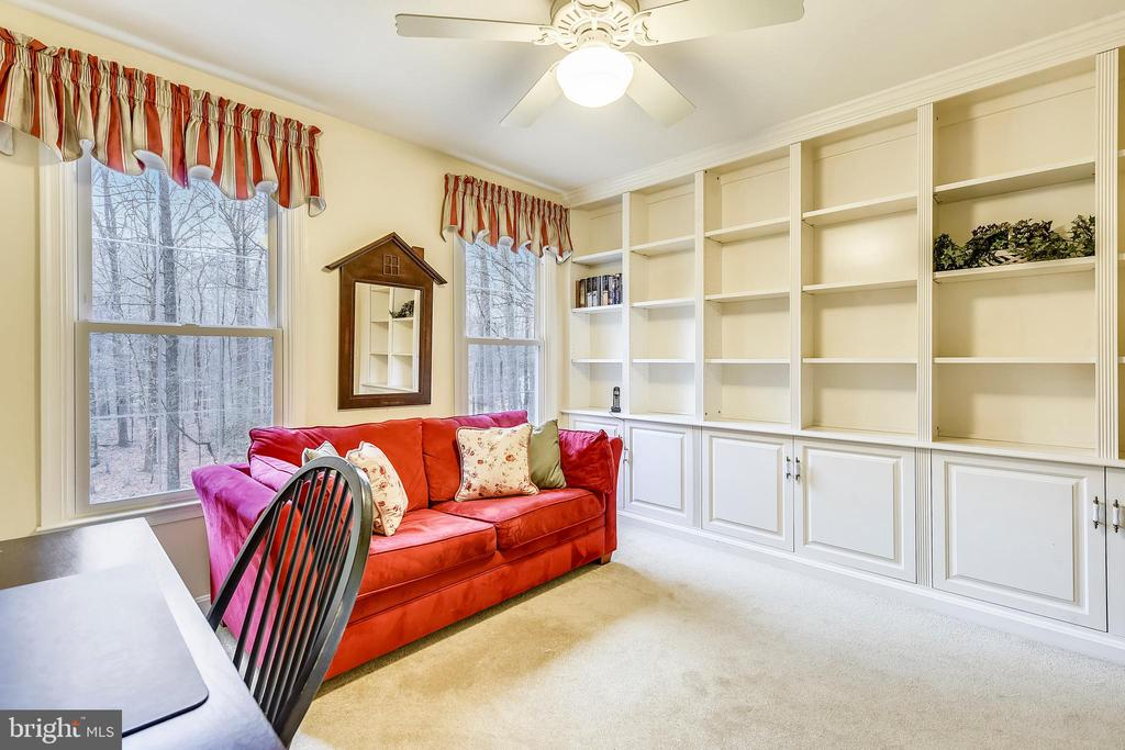Built in bookshelves in bedroom 4 - 12400 FAIRFAX STATION RD, CLIFTON