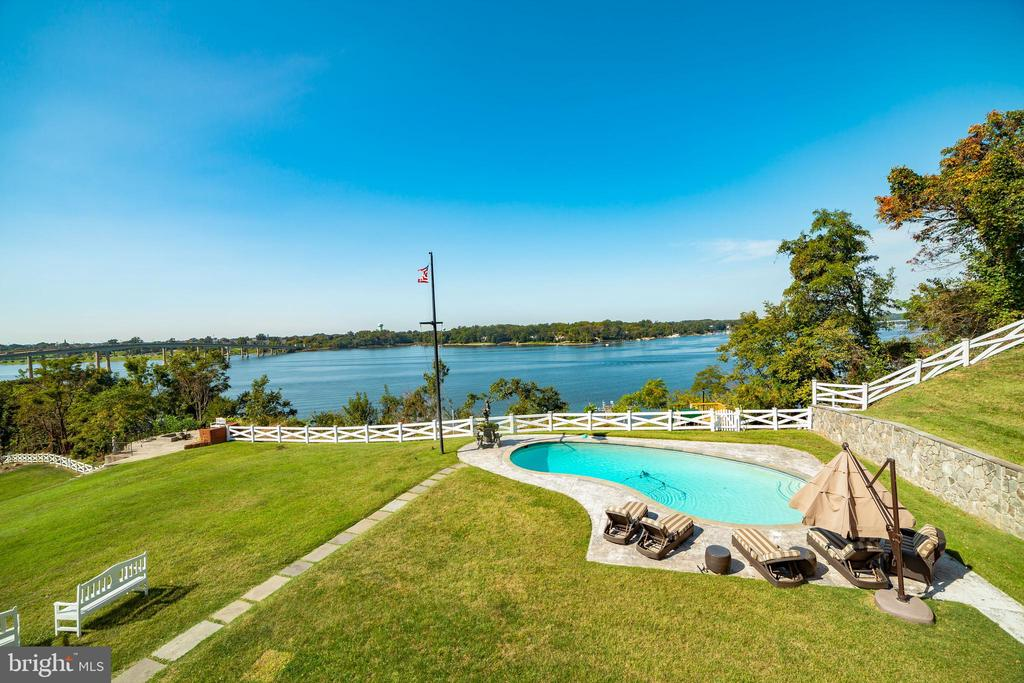 Waterfront pool area - 1932 CARROLLTON RD, ANNAPOLIS