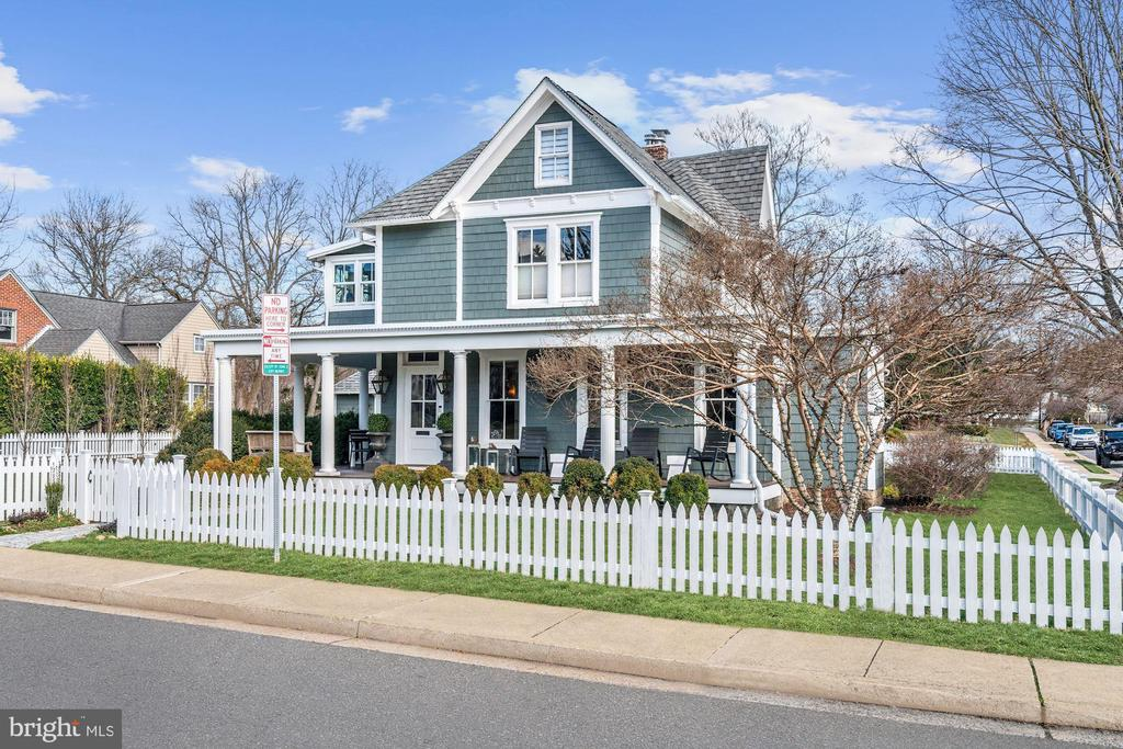 Home Front - 900 PARK AVE, FALLS CHURCH