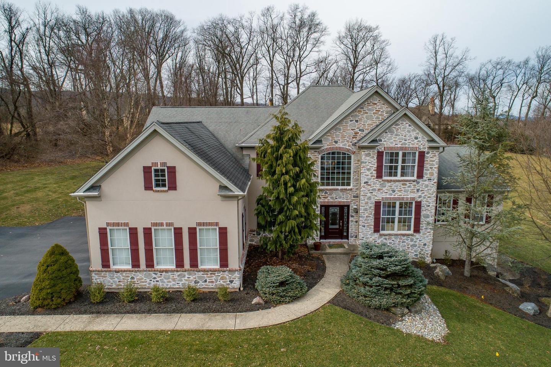 Single Family Homes vì Bán tại Hellertown, Pennsylvania 18055 Hoa Kỳ