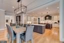 Kitchen/Family Combination - 6704 LUPINE LN, MCLEAN