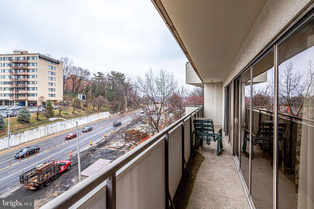 wrap around balcony - 5300 COLUMBIA PIKE #315, ARLINGTON