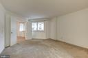 Master Bedroom With Great Light - 1951 SAGEWOOD LN #203, RESTON