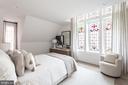Master suite with 3 sunny exposures - 1015 D ST NE #1, WASHINGTON