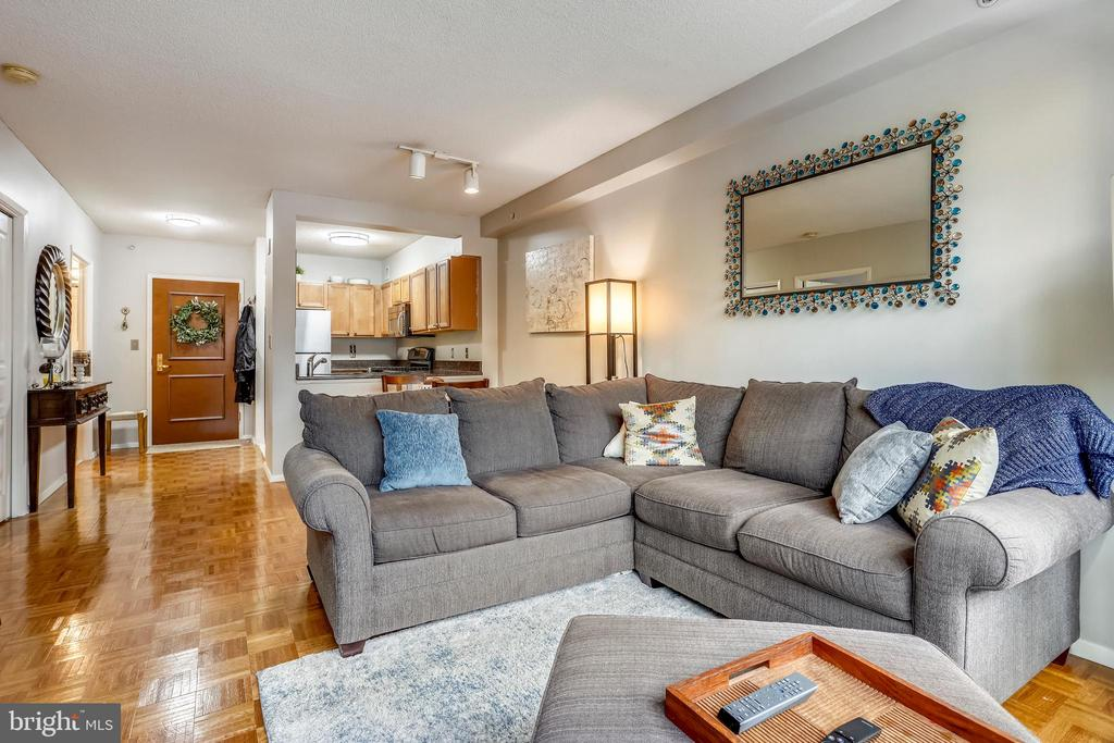 Living Room - 7111 WOODMONT AVE #412, BETHESDA