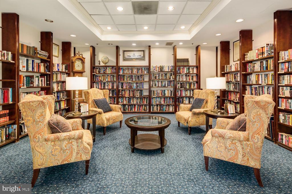 Library - 900 N TAYLOR ST #2025, ARLINGTON