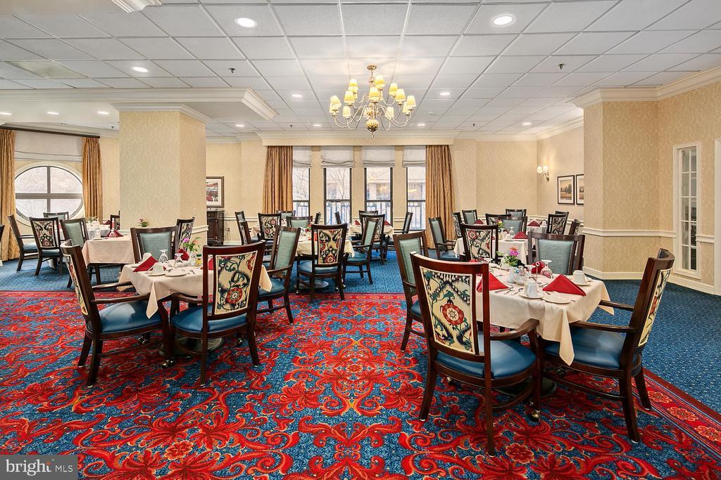 Dining Room (30 meals per month) - 900 N TAYLOR ST #2025, ARLINGTON