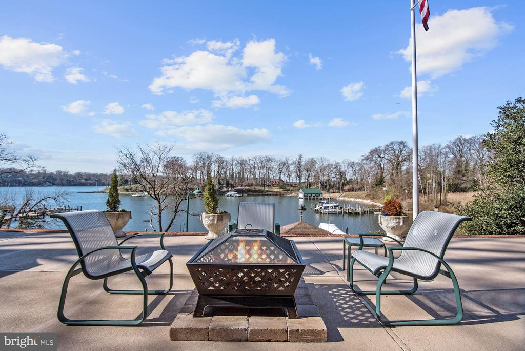 Waterfront Patio - 1128 ASQUITH DR, ARNOLD