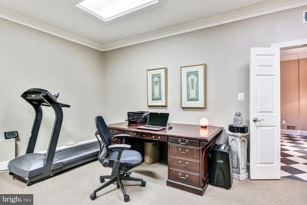 Den or Exercise Room Adjacent to Full Bath - 1128 ASQUITH DR, ARNOLD