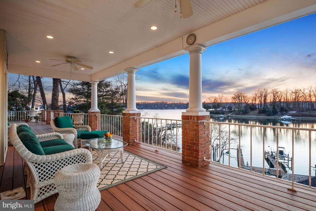 Relaxing Twilight Water View - 1128 ASQUITH DR, ARNOLD
