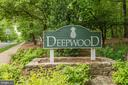 Deepwood - 2354 HORSEFERRY CT, RESTON