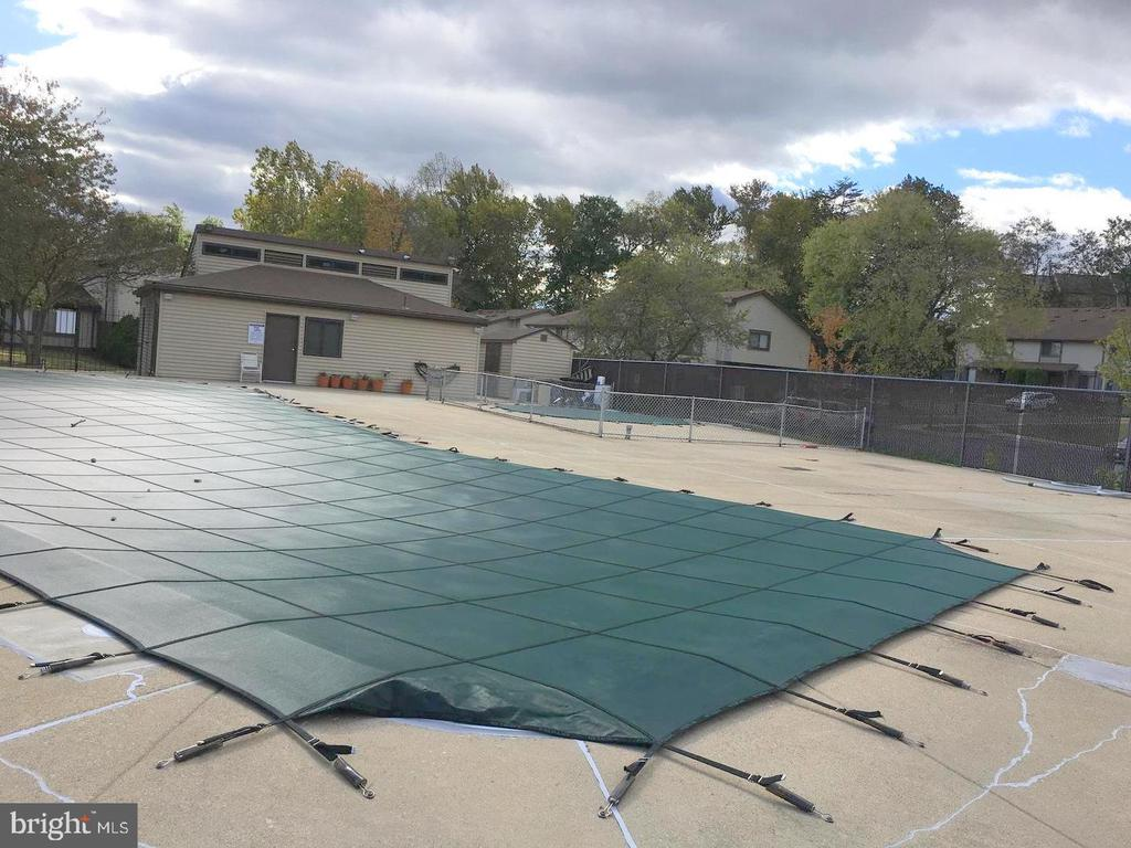 Community Pool - 10150 SCOTCH HILL DR #25-2, UPPER MARLBORO