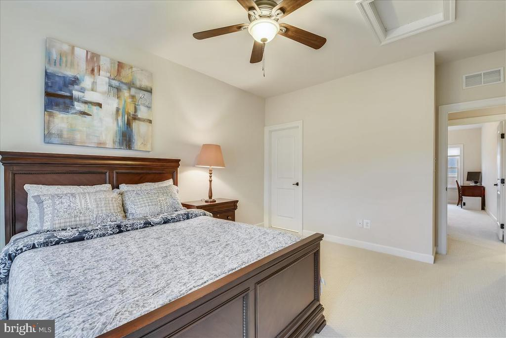 Bedroom #4 - 44306 KENTMERE CT, ASHBURN