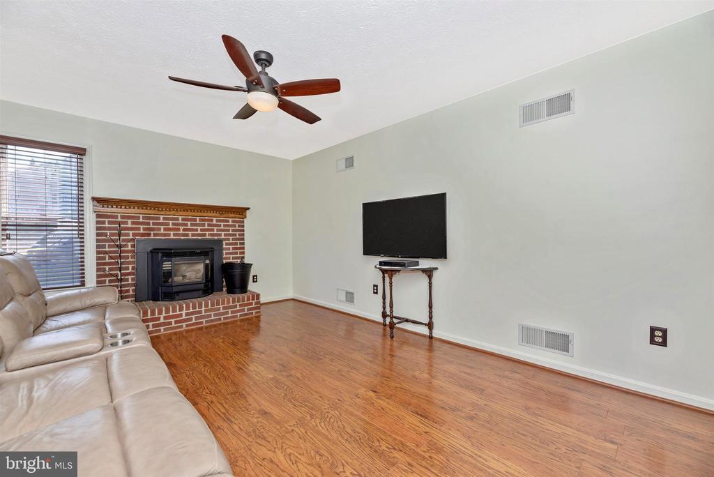 Family Room - 6024 DOUGLAS AVE, NEW MARKET