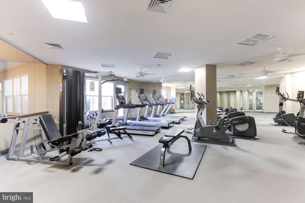 Work out Facilities - 11800 SUNSET HILLS RD #1108, RESTON