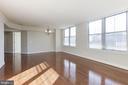 Living Area - 11800 SUNSET HILLS RD #1108, RESTON