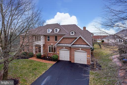 23011 EAGLE WATCH CT