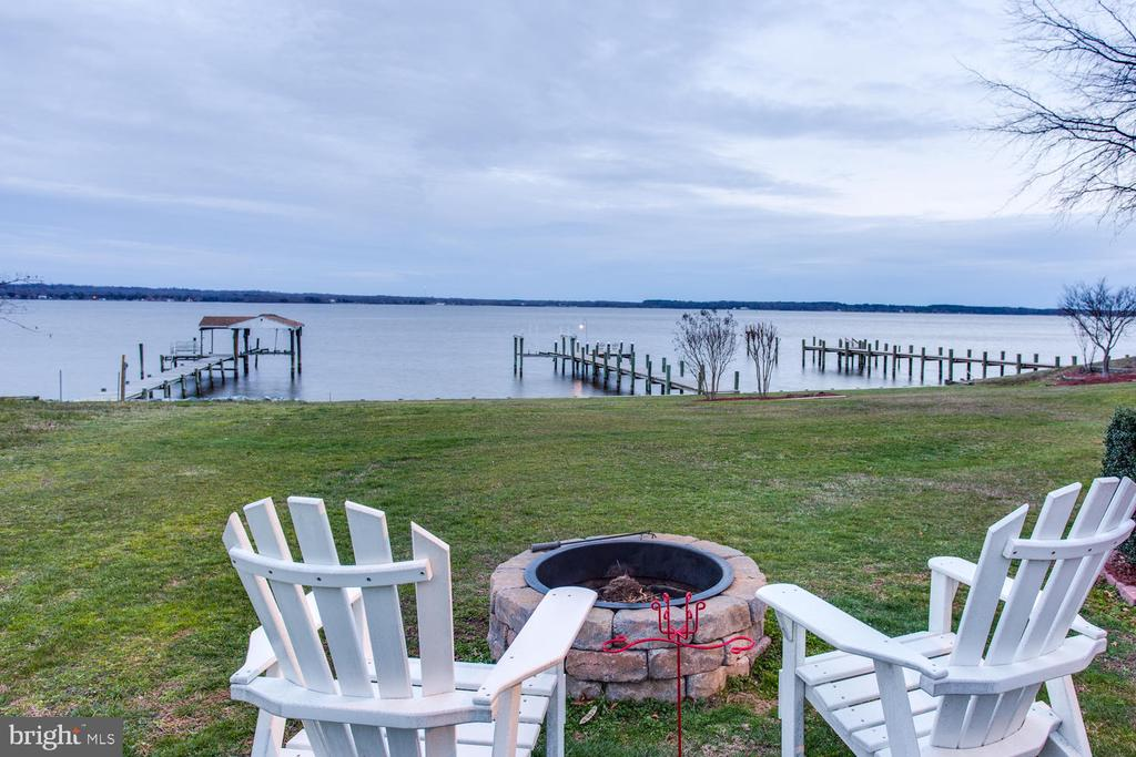 Relax  by the fire pit - 15798 LANCASTER FARM RD, NEWBURG