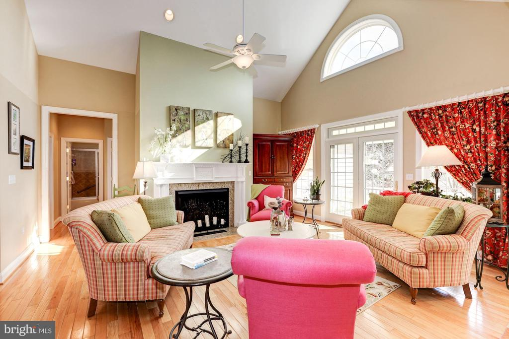 Two story ceiling in the living area - 2407 FLAG MARSH RD, MOUNT AIRY