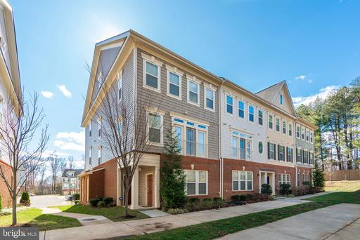 4740 DANE RIDGE CIR #20