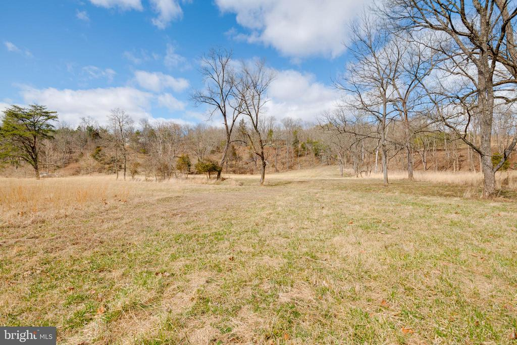 Rear Acreage - 350 ANGELS WAY, WINCHESTER