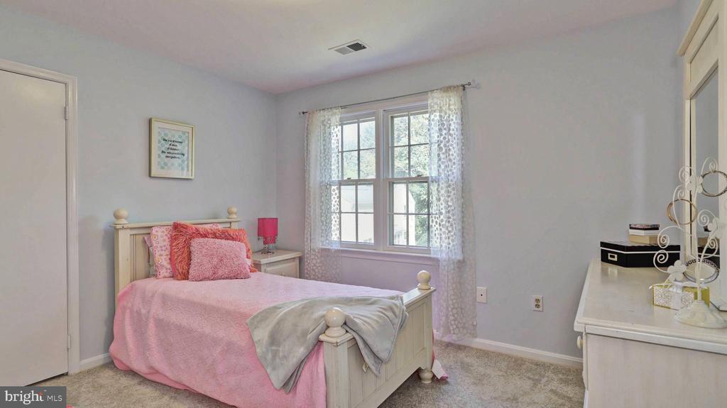 Bedroom #3... - 7504 GLENNON DR, BETHESDA