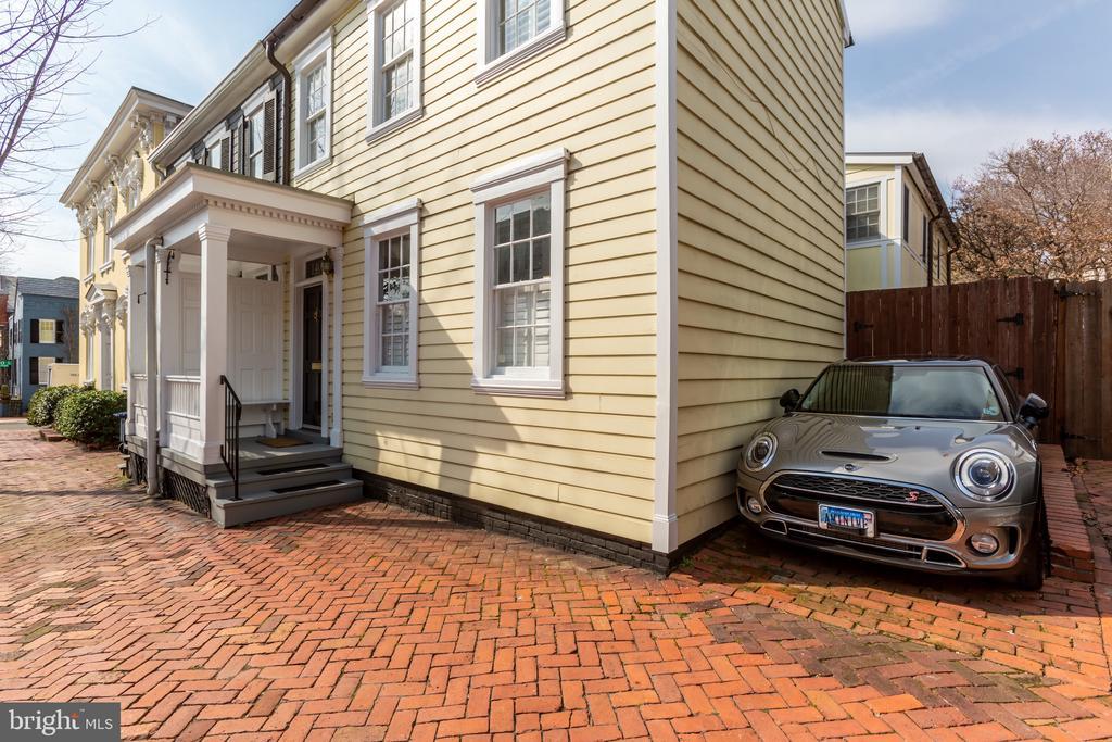 1-car parking - 1406 29TH ST NW, WASHINGTON