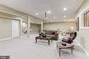 Lower Level Living Area - 18348 FAIRWAY OAKS SQ, LEESBURG