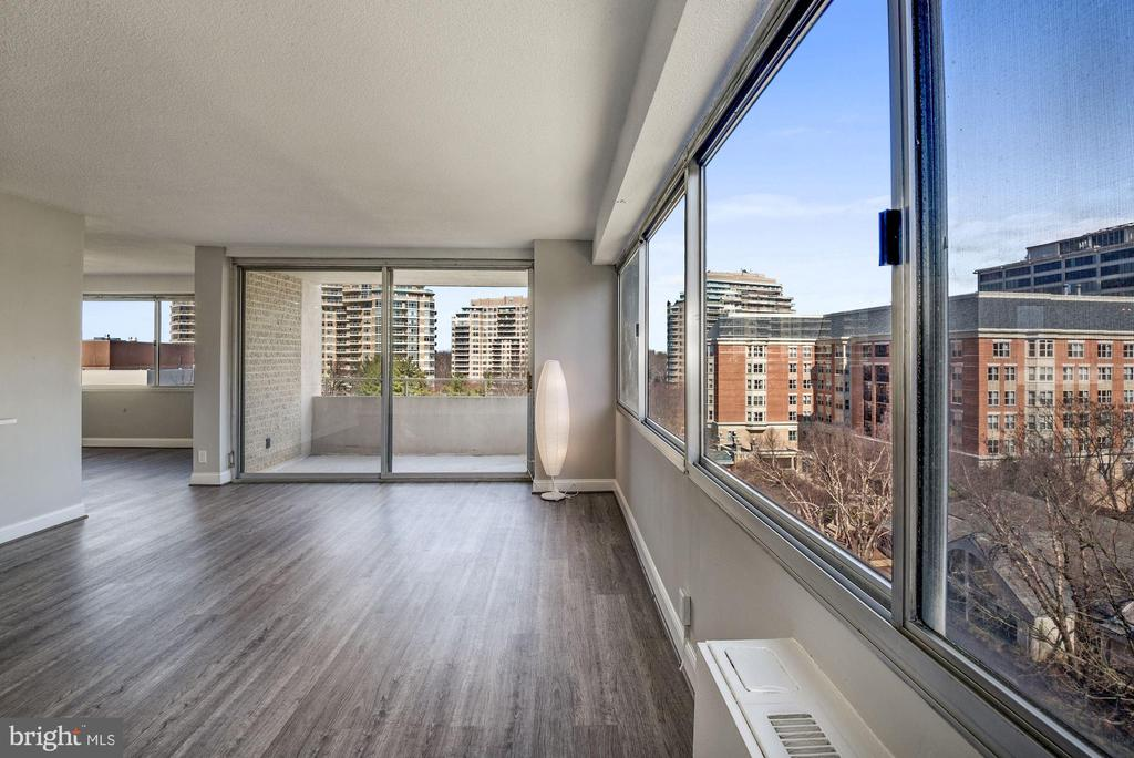 Balcony and Large Windows - 5500 FRIENDSHIP BLVD #1604N, CHEVY CHASE